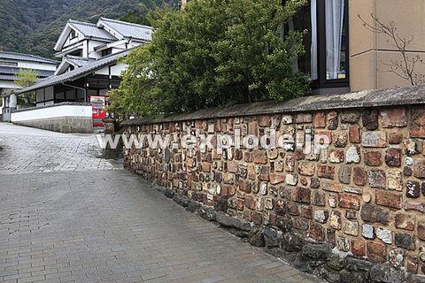 大川内山のトンバイ塀