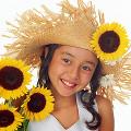 女の子 ひまわり 麦わら帽子