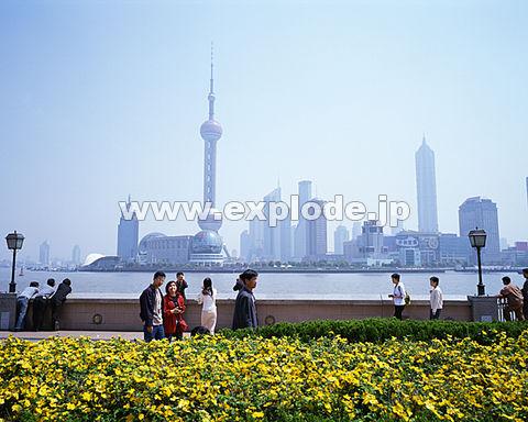 007: 上海 東方明珠 浦東地区 外灘(バ ンド ワイタン)より