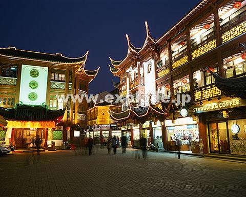 061: 上海 豫園 夕景